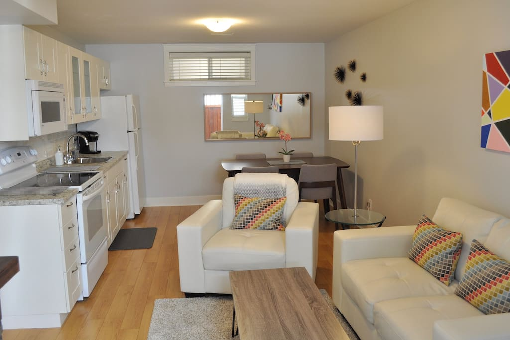 Awesome Family Accommodation In South Surrey Bc Guest Suites For Rent In Surrey British