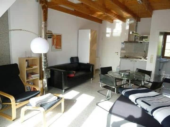Sonniges Appartment/Studio mit Balkon nahe Basel
