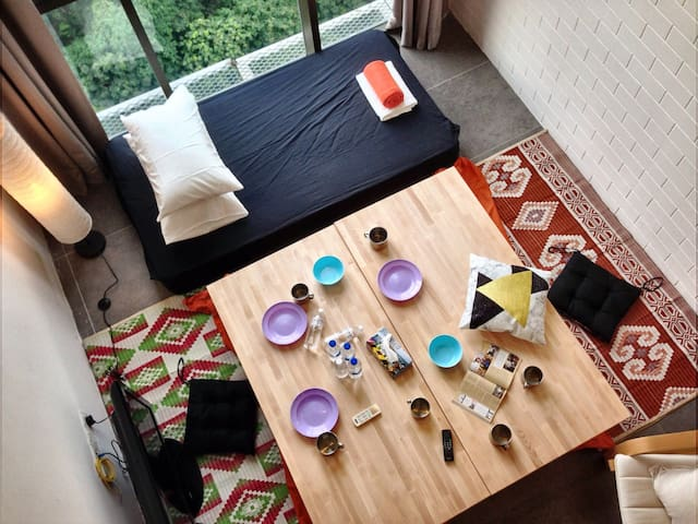 Lanai Relaxations over the Lush of Green Forest - Petaling Jaya - Loft