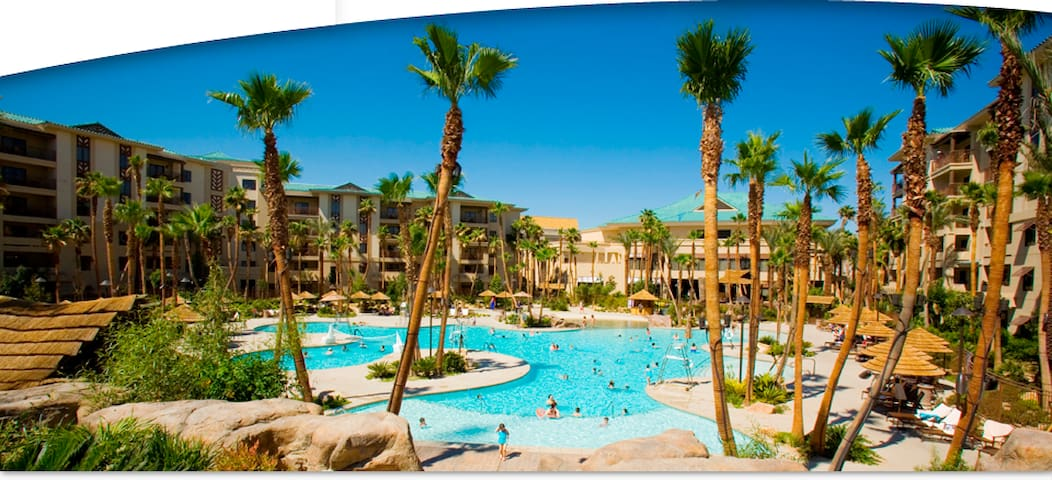 *Large Resort Suite@LV Blvd**Pool/Spa/Gym*