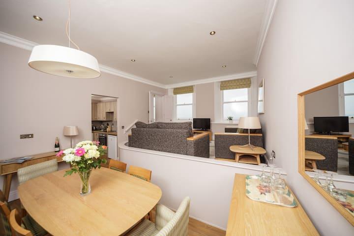 The Osborne Apartments - Apt 45 - 2 Bed Sea View