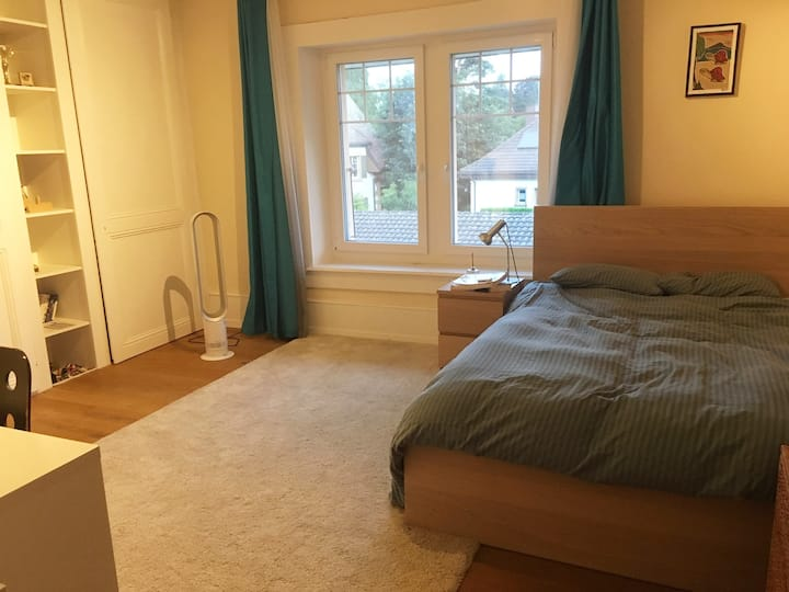 Charming double bedroom - Near the lake
