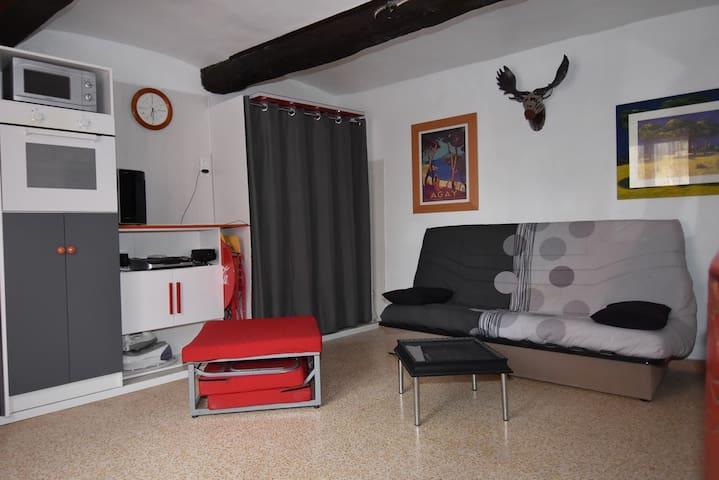 Charmant studio a Mireval (34)