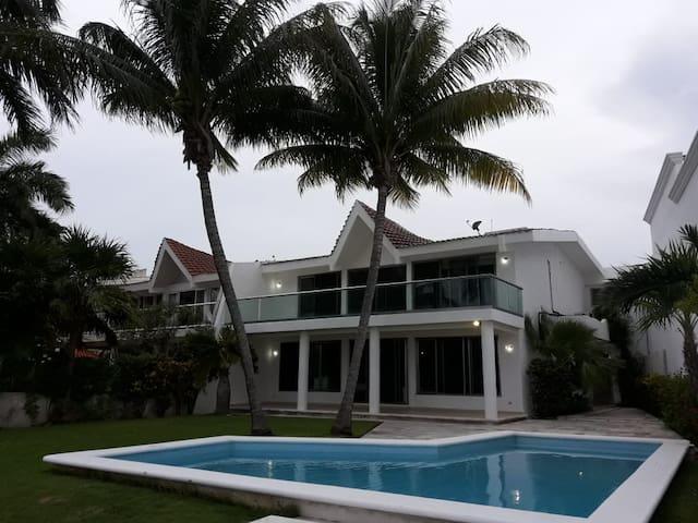 Casa Quetzal Cancun
