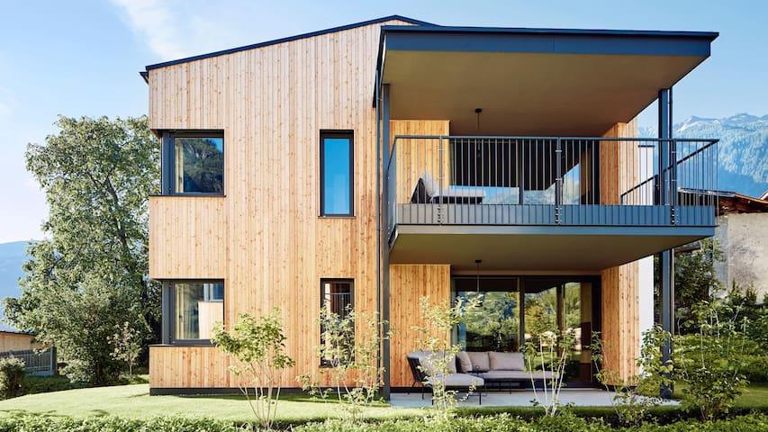Gala Lodge Garden - Cirna Gentle Luxury Lodges