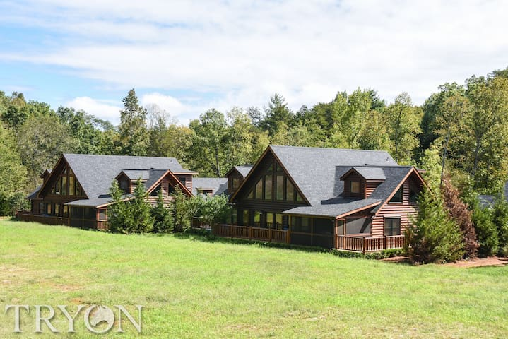 Tryon Resort 5BR Creekside Cabin