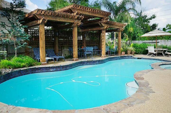 Escape to your own private oasis in Sugar Land, TX