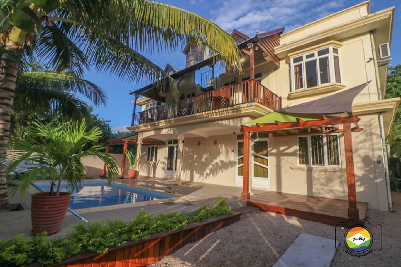 Isola Bella Luxury Villa - Villas for Rent in Tamarin riviere noire ...