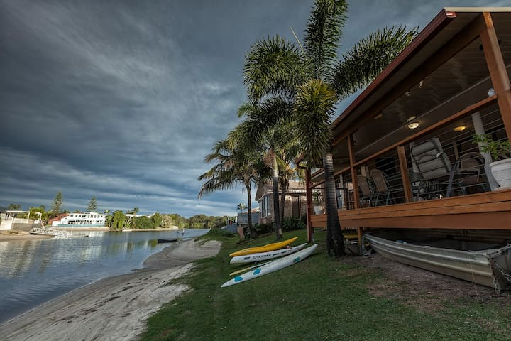 Kayaks and Paddleboards avaliable