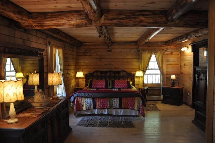 Lodge Solange Master Bedroom Bear