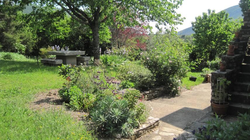 Le jardin où vous pourrez vous ressourcer