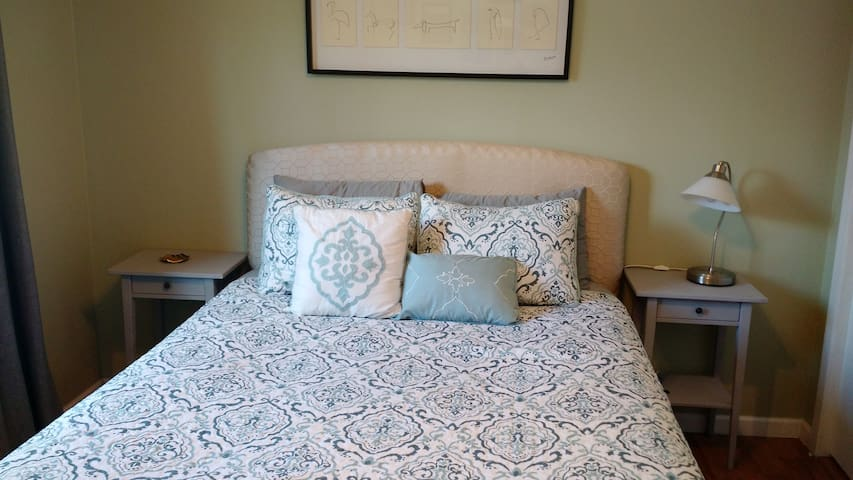 Comfy and Relaxed Room 15 min Walk to Downtown - Boulder - Condominio