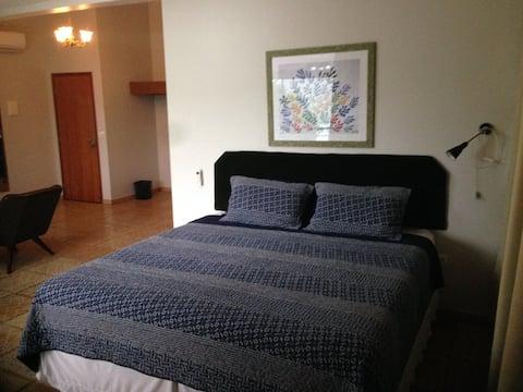 Standard  STD 1 Cama King Size e 2 camas solteiro.