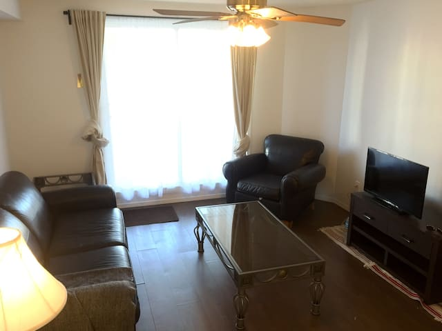 Coventry apartment - Calgary - Apartemen