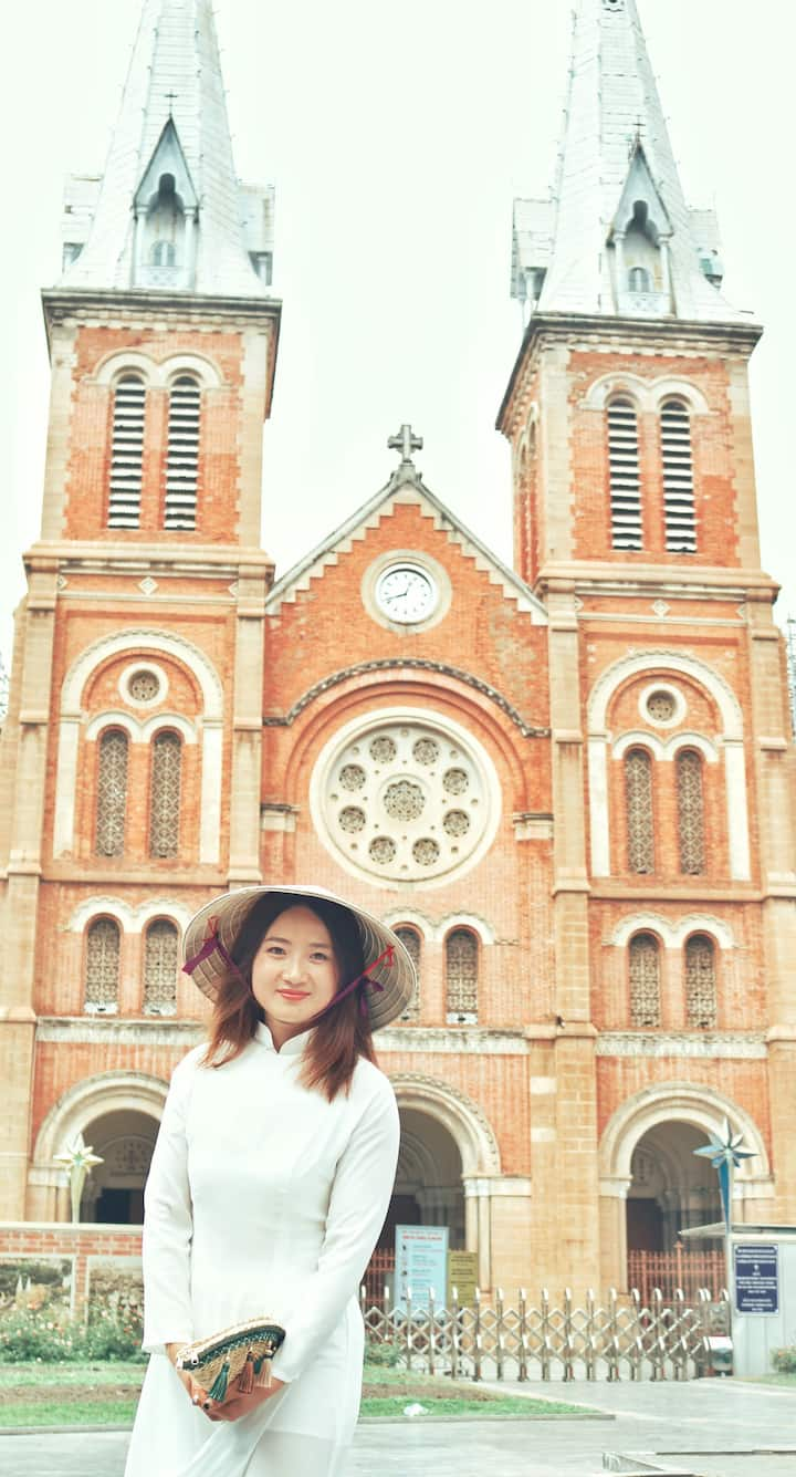 Notre Dame Cathedral with Ao Dai