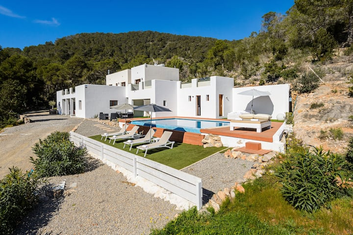 Exclusive Villa with Pool and Sea View - Can Palleu