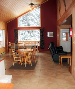 Apex Mountain - Gorgeous Rental - Faház