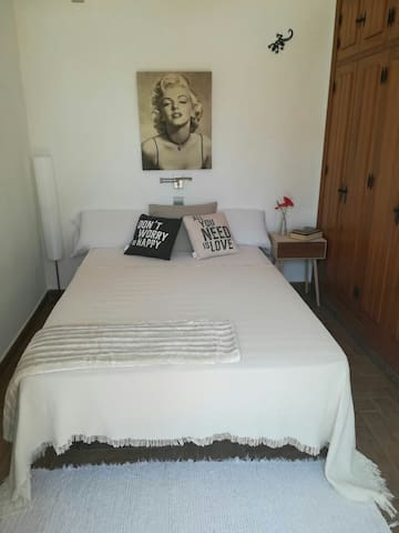 Cozy double room in Estepona Center
