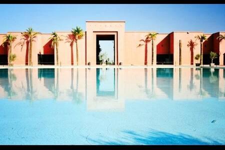 Condado de Alhama luxury 2 bed, roof terrace, AC