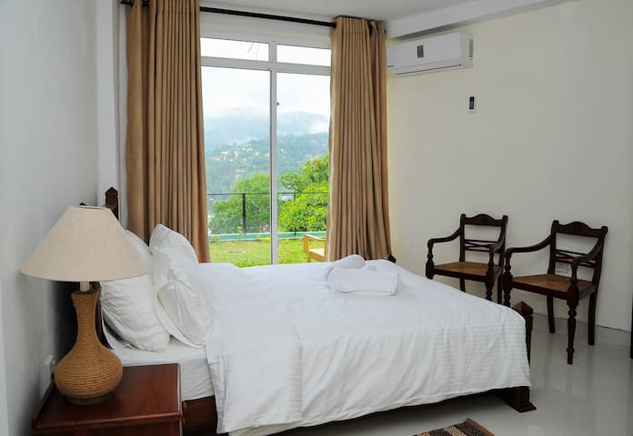 Beautiful Suite 1.6km to the city-Tan - Kandy - Villa