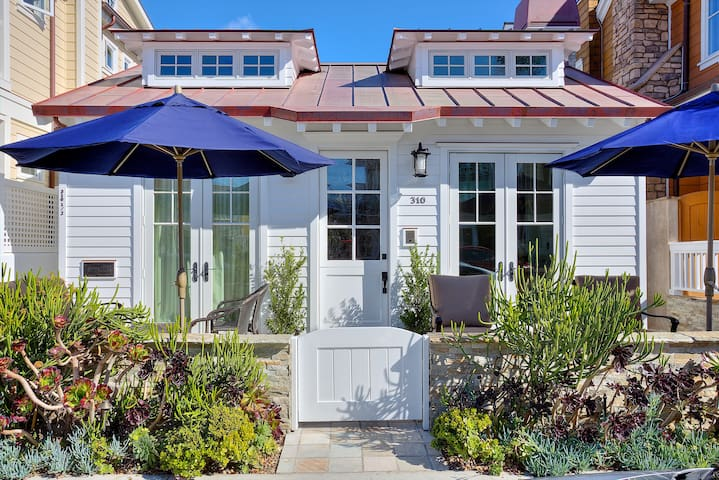 BEAUTIFUL BEACH COTTAGE - BALBOA ISLAND - Newport Beach - Talo