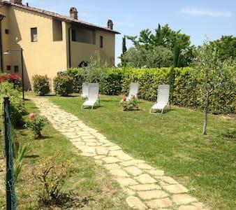"Casa colonica ""La Colombaia"" - Montespertoli - House"