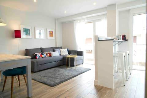 Apartamento nuevo 2-6 personas, primera línea mar