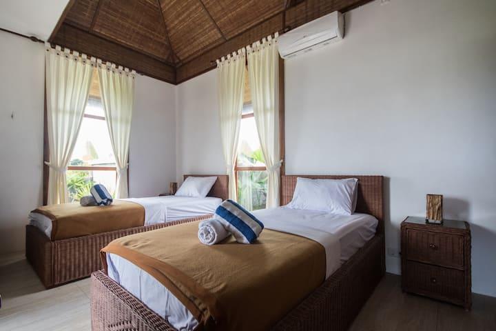 snaffl Beach Villa mit Pool und Küche: DZ 2 Betten