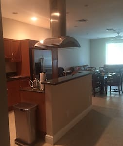 Home away from home oasis - Fort Lauderdale - Reihenhaus