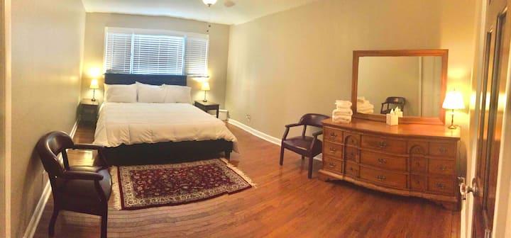 1st Class Rentals 5 Bedroom House