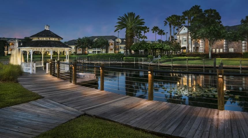 Sea World Townhome 4.0 Mile from Universal Studios