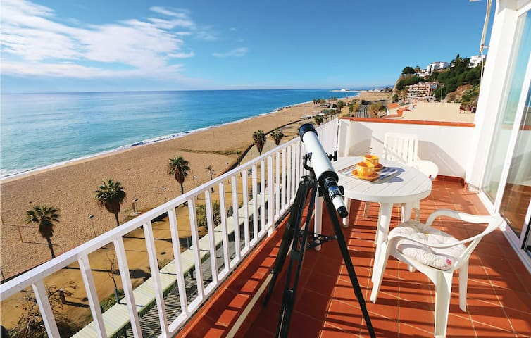 Holiday apartment with 1 room on 35 m² in Canet de Mar