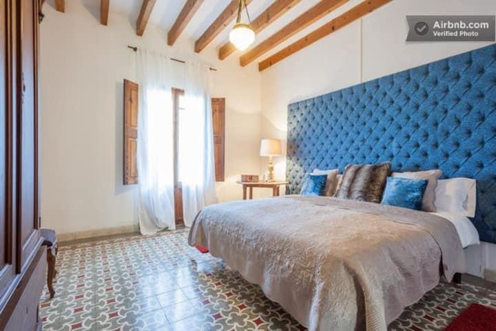 """Room """"Azul y Miel"""" (B&B)  Casa Mona"""