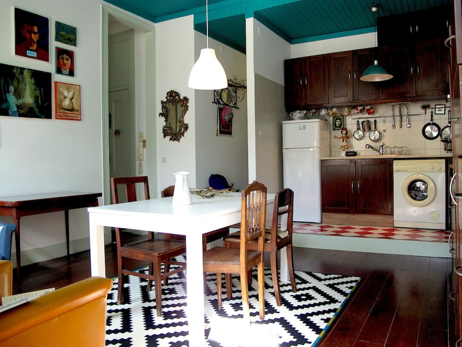 Dinning room with kitchnet
