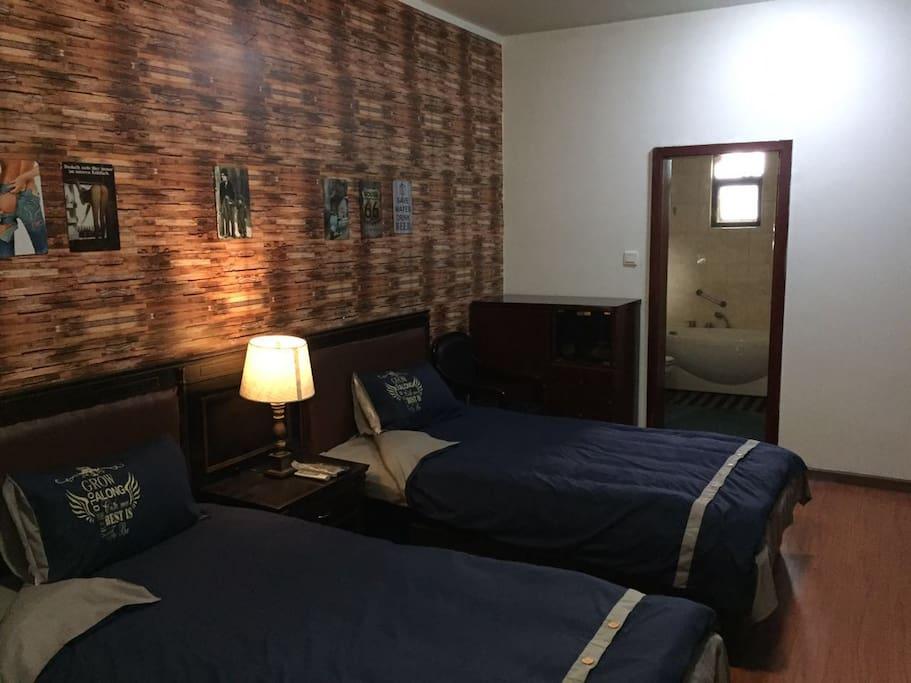 美式乡村风格卧室-双床