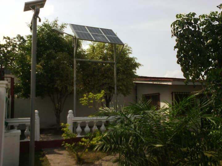 Maison /Bureau idéal pour un showrom (Brazzaville)