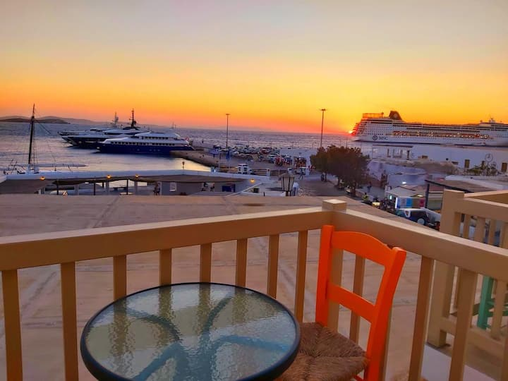 Sunset View Apartment Old Port (2 persons)