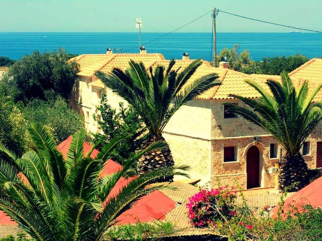Seaside Stone Villa 3 - Minia