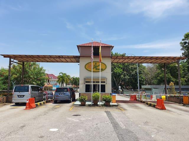 Hunt's Homestay Family Home - Bukit Tinggi 2 Klang