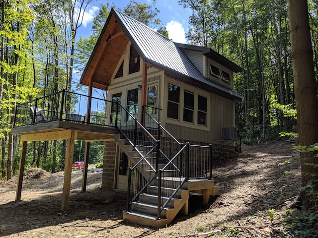 New Cabin/Mohican/Private!