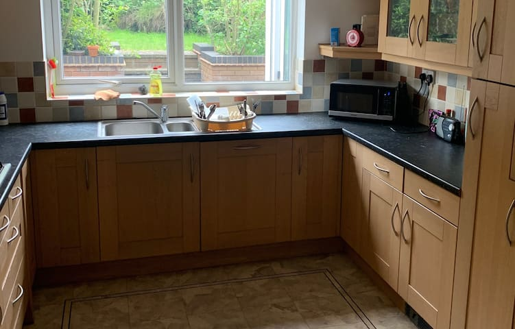 Double Room with Shower at 24a Tutbury Avenue, CV4
