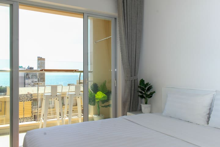 Bed room #2, connected with sea-view balcony