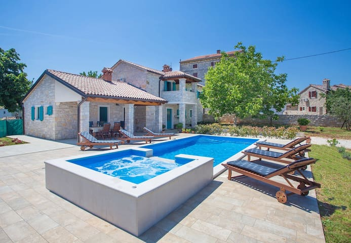 Villa Medvidici with private swimming pool - Medvidići