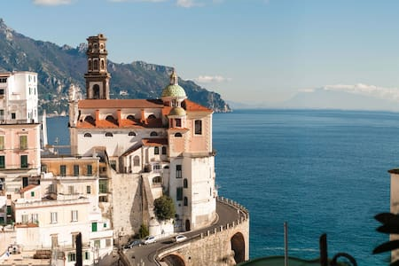 Apts with awesome view on the sea - Atrani