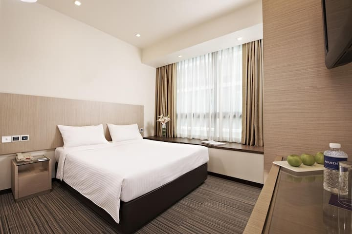 Hotel Deluxe Double room in City Center