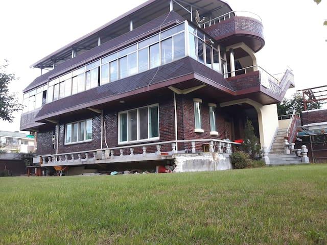 Mama' Green House♡