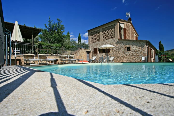 Cozy cottage private pool in Siena area - Casole d'Elsa - House