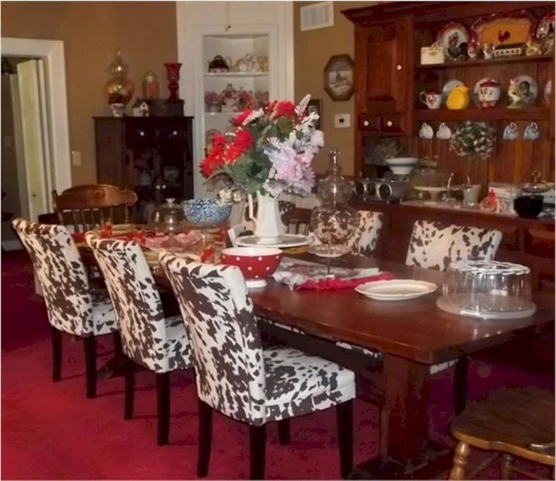 Our dining room is open 24 hours for your convenience with beverages and snacks.  Our faux cowhide chairs.