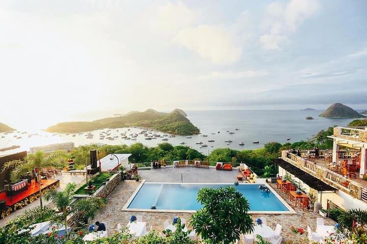 Komodo Cafe and Hotel 2 Adult Labuan Bajo CEcile