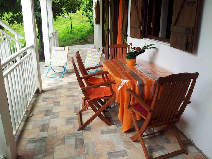 Apartment with one bedroom in Petit Bourg, with enclosed garden and WiFi - 3 km from the beach